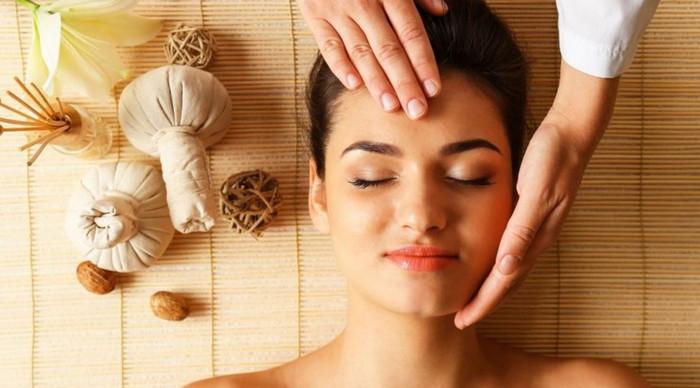 массаж травами и маслом на лице