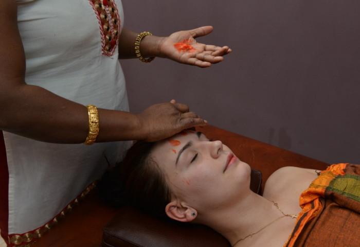 аюрведический массаж в салоне