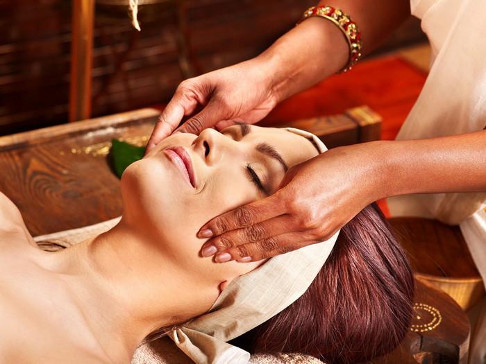 массаж лица индийский